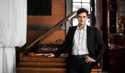 Młody kompozytor muzyki filmowej walczy o swoje marzenia!
